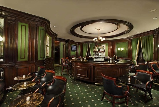 Old fashion smoke room inspired bar