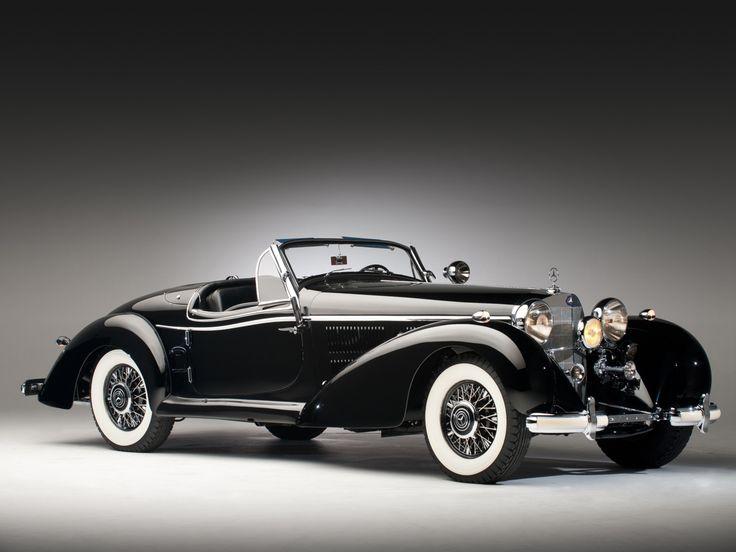 1939 Mercedes-Benz 540K Special Roadster.