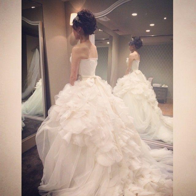 来週担当するBrideのヘアメイクリハーサルでした^_^ドレスはVera Wangのヘイリー。美しすぎました〜。楽しみ♡ #Verawang#wedding #weddingdress #ヴェラウォン#ヴェラウォンブライド#ヘイリー#hatsukoendo #ハツコエンドウ#hayley#結婚式#ウエディング