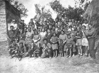 Partigiani e contadini a Cà di #Malanca (ottobre 1944)  #invasionidigitali #camalanca