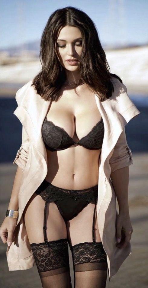Monica Belluci Nude Ass