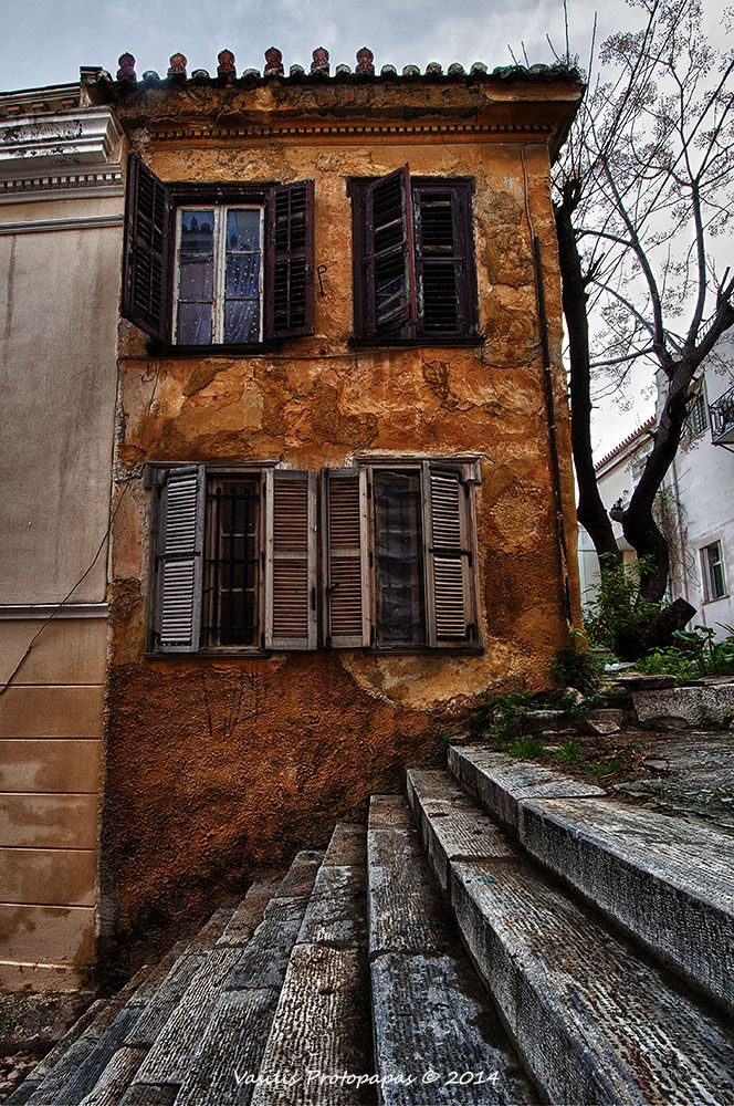 Plaka, with its undisputed charm, this area is one of de most frequented by visitors n native alike. Plaka's winding pathways carry thousands of years of history. Walk amongst de buildings whose facades r dressed in 19th century neoclassical design n architecture. Athens, Attiki, Attica_ Greece