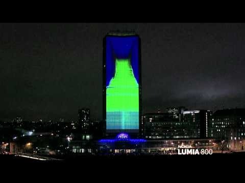 Awesome light show in London courtesy of the new Nokia Lumia 800 and deadmau5
