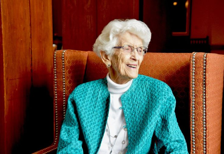 Virginia Smith celebrates 80 years as alumna University