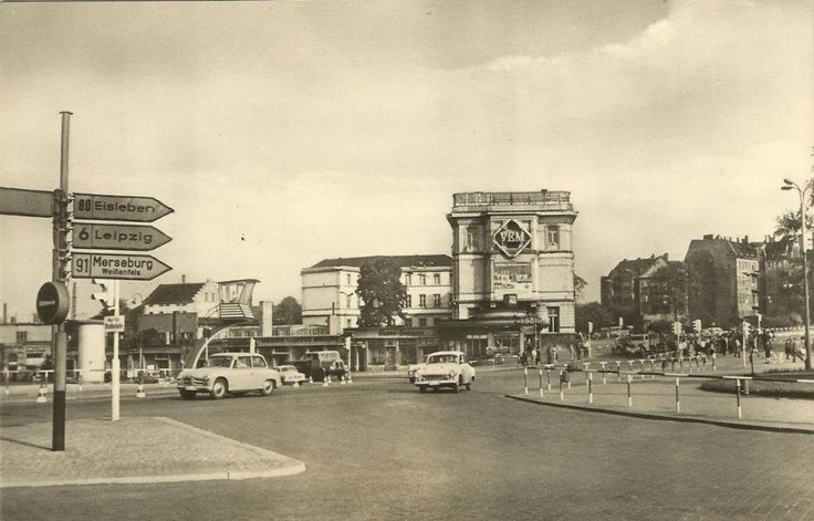Riebeckplatz in Halle (Saale), ca. Ende der 1950er Jahre