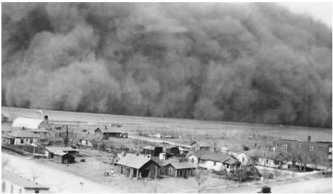 Roosevelt orders the planting of 18,000 miles of trees to stop the dust bowl... This massive cloud of dust hit Rolla, Kansas, in April 1935. FRANKLIN DELANO ROOSEVELT LIBRARY