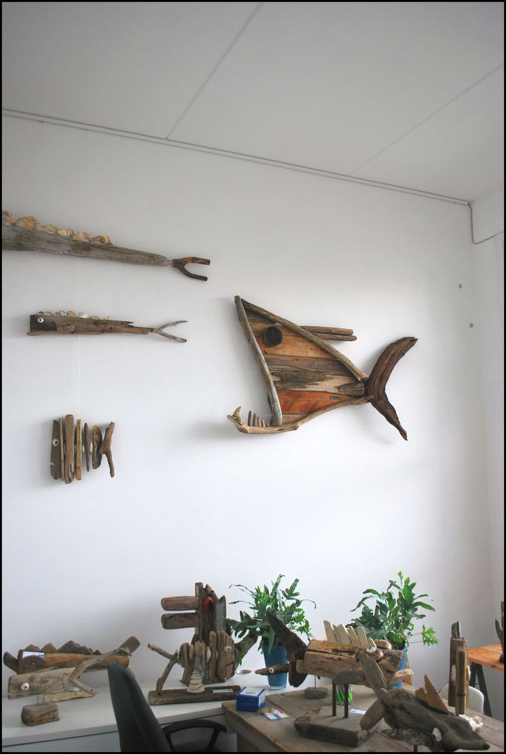 Driftwood fish in the office at Warmond. www.dijkstijl.com