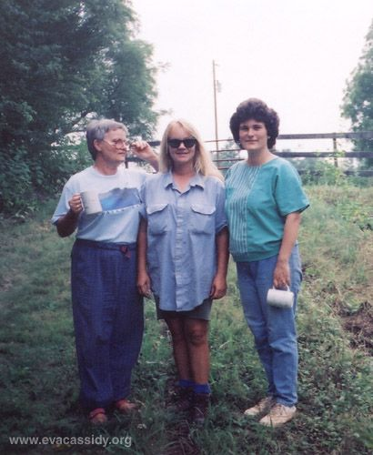 Eva in 1992. From left to right, Barbara Cassidy (Eva's mother), Eva, and Anette Cassidy (Eva's oldest sister)