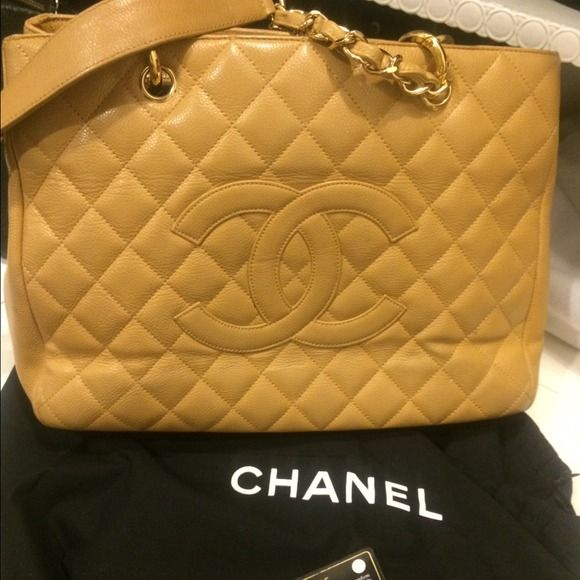 Authentic Chanel shopper tote in beige caviar Authentic Beige Chanel shopper tote large size CHANEL Bags Totes