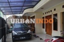 Rumah Jl. HALTEU SELATAN, Bandung (Belakang Sekolah BPK 5, +/- 150m' dari Jl. Sudirman, akses lainnya bisa juga lewat Jl. Garuda/Jl. Rajawali Timur) LT./LB. 202/225m2 - 2LT. - SHM  *4 K. Tidur, 1 K. Mandi, R. Duduk, Balkon Depan, Area Cuci & Area Jemur  *1 K. Tidur Utama + K. Mandi Utama, 1 Pavilliun, 1 K. Mandi, R. Tamu, R. Keluarga/Makan, Dapur + Kitchen Set, Taman Belakang + Gazebo + Kolam Ikan, Garasi 1 Mobil & Carport  *Air Sumur JetPump, Water Torn, 1 Ln. Telepon & Listrik 1300watt