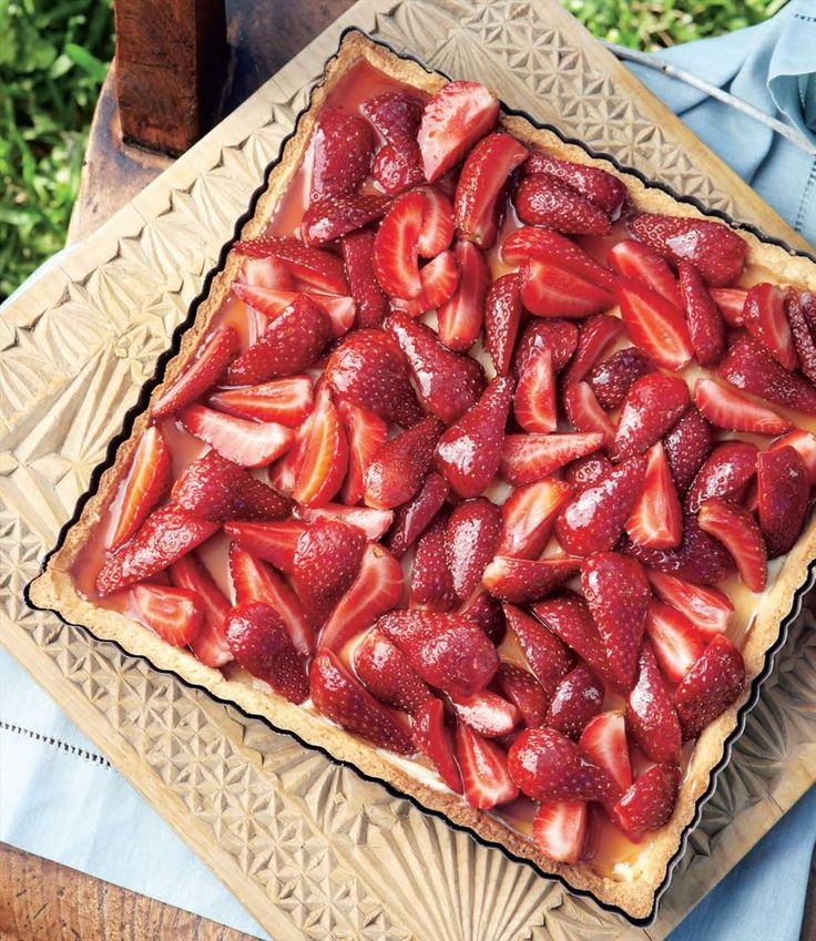Glazed strawberry flan by Margaret Fulton | Cooked