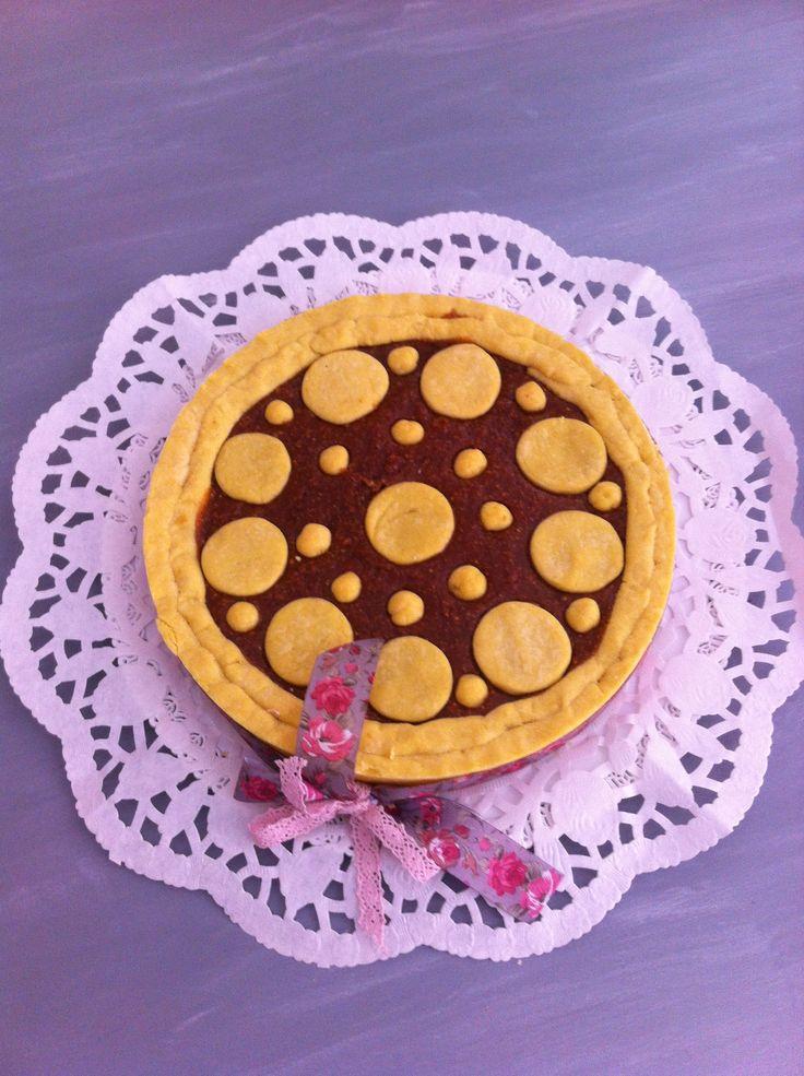 Crostata alla crema di nocciole miele e caramello