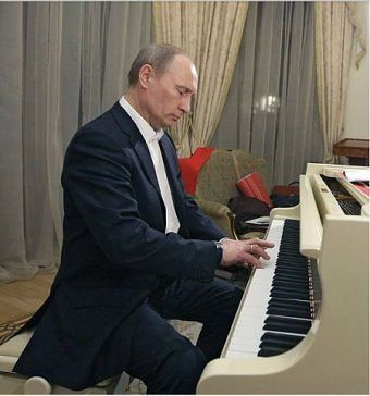 ПУТИН, Putin plays Rachmaninoff : ))  |< 224° ru? fm (ukra) https://de.pinterest.com/Torsten63/%D1%80%D0%BE%D1%81%D1%81%D0%B8%D1%8F-%D1%81%D0%B5%D0%B3%D0%BE%D0%B4%D0%BD%D1%8F-russia-these-days/again/