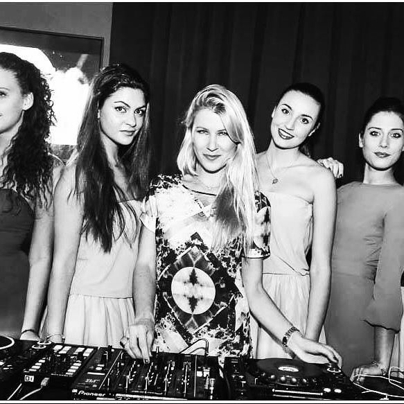 Friday  dj #music #passion #deephouse #techhouse #techno #lovers #inspiration #tunes #vibes #djane #womandj #ibiza #party #djlife #вечеринка #музыка  #nightlife #party #club #partytime #partying #clubbing #friday #djlife #night #nights #nightout #nighttime #nightclub