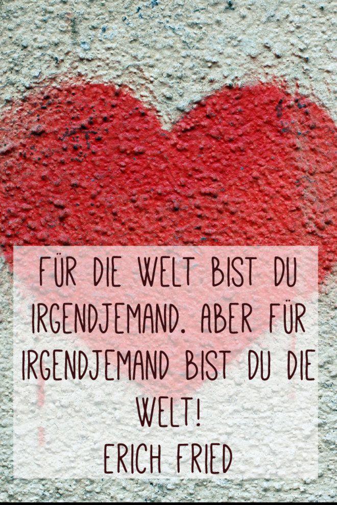 Nicht nur zum Valentinstag: 35 Sprüche für alle Verliebten findet ihr hier: http://www.gofeminin.de/liebe/album1218069/valentinstag-spruche-24715822.html