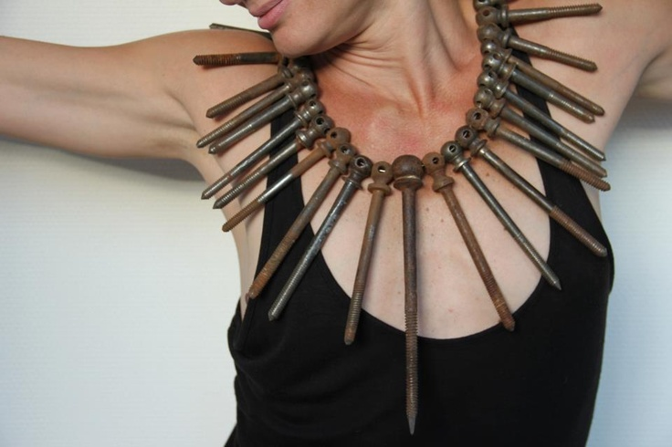 Alina Alamorean - rusty nails neckpiece