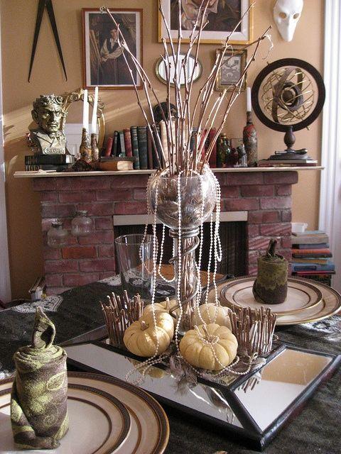 41 Configurações da tabela do casamento assustador mas elegante do Dia das Bruxas | Weddingomania