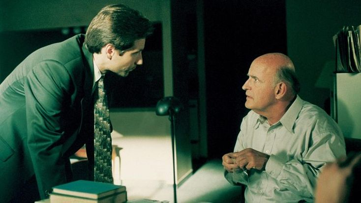 """""""X-Files"""" Writer Darin Morgan looks back on """"Clyde Bruckman's Final Repose,"""" including the theory that Scully is immortal and winning the show's first big Emmy. hollywoodreporter.com, by Marisa Roffman, 10/13/2015 #xf #x-files #darinmorgan #peterboyle #clydebruckmansfinalrepose"""