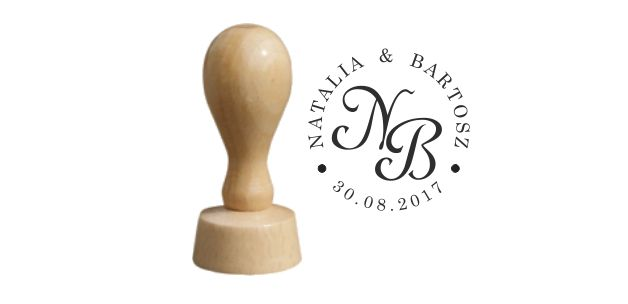 Personalizowana pieczątka ślubna.  Może być przydatna do oznaczania korespondencji, zaproszeń, serwetek i innych akcesoriów ślubnych.  Świetna również jako prezent - pamiątka dla Pary...
