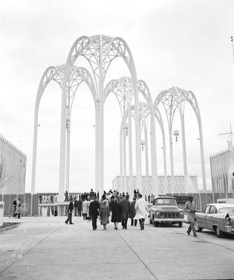 Science pavilion at World's Fair, 1962