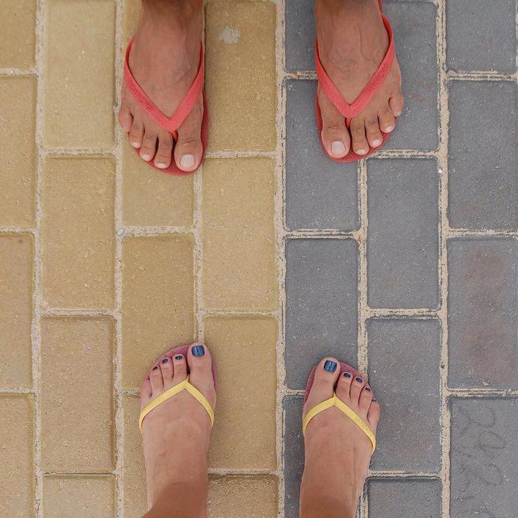 João Pessoa below our feet! Continuing with our feet around João Pessoa now at the sidewalk of the nice Cabo Branco beach. Colourful floor by the beach we love it!  #fatwproject #cabobranco #joaopessoa #brazil #floor #design #sidewalk   João Pessoa aos nosso pés! Continuando com João Pessoa aos nossos pés agora na orla linda da praia de Cabo Branco. Calçada colorida com o mar do ladinho é muito amor!  #fatwproject #praiadecabobranco #joaopessoa #nordeste #brasil #havaianas by fatwproject