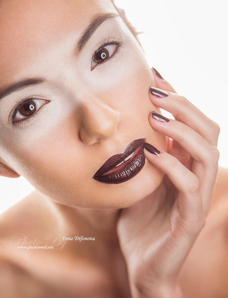 Beauty fashion portrait. Make-up artist. Fashion make-up. Beauty make-up. Профессиональный фотограф. Фотосъемка.