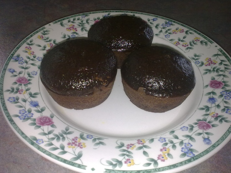 Healthy chocolate cupcakes, Chocolate cupcakes and Cupcake on ...