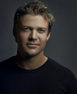 Matt Passmore - I'm in the middle of season 7 of McLeod's Daughters (Australian TV series). When you combine his good looks with that natural Aussie accent, it's a very lethal combination! Takes my breath away :)