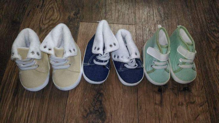 Prodám dětské boty velikost 17-18. Nenošené, v dobrém stavu. Cena za 3ks (1ks=50kč). Osobní odběr v Soběslavi nebo Táboře. Možno zaslat poštou.