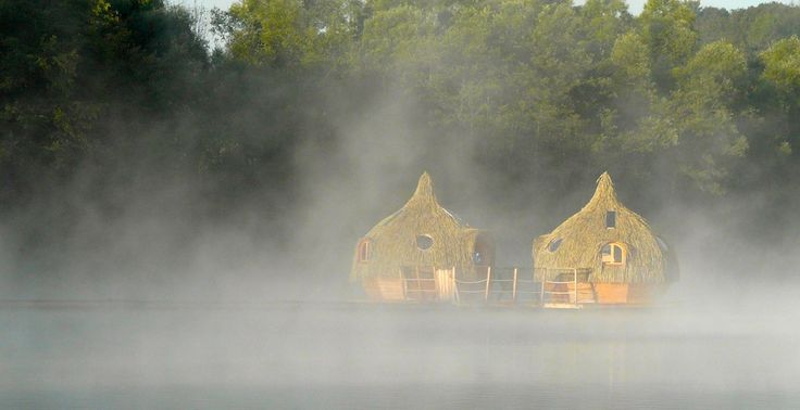 Cabane flottante aux Cabanes des Grands Lacs