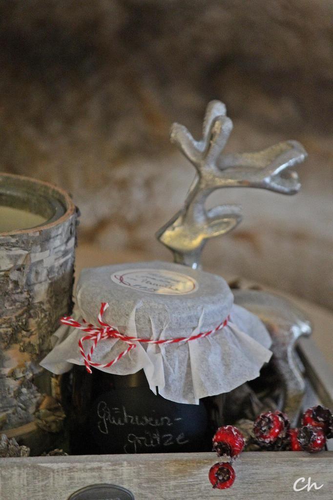 Glühweingrütze (darf bei uns in der Weihnachtszeit nicht fehlen) http://wp.me/p5v5CK-1w