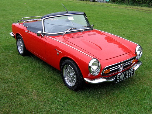 Honda S800 Red – Rodrigo Richards