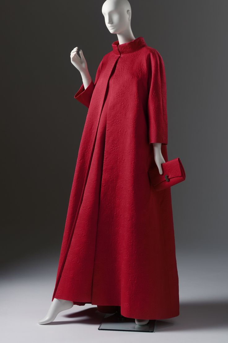 Ann Bonfoey Taylor .....Givenchy, Evening Dress, Coat and ...