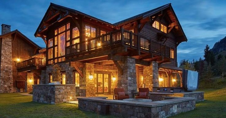 Located just off Pioneer Run at Yellowstone Club Chalet 9 exudes relaxed elegance and is replete with modern yet welcoming touches plentiful outdoor spaces and massive windows that frame unparalleled Montana views.  Follow: @redvelvetrope -  @yellowstoneclub - Step behind the red velvet rope. - Tag #redvelvetrope to be featured - #beautifulhotels  #travelgoals