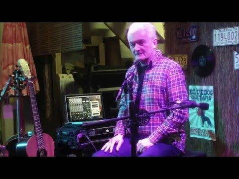 George Lowden with Pierre Bensusan and Kris Schulz at Bluedog Guitars - Tronnixx in Stock - http://www.amazon.com/dp/B015MQEF2K - http://audio.tronnixx.com/uncategorized/george-lowden-with-pierre-bensusan-and-kris-schulz-at-bluedog-guitars/