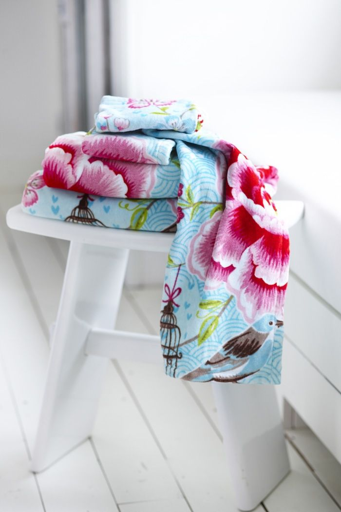 PiP Birds in Paradise Blue | Towels | Bath | Pip Studio