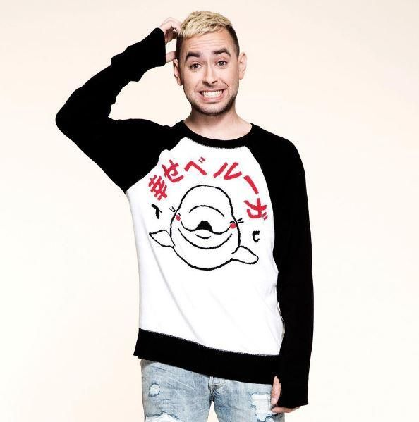 I ♥ beluga whales // Tyler Carter Happy Beluga Sweater