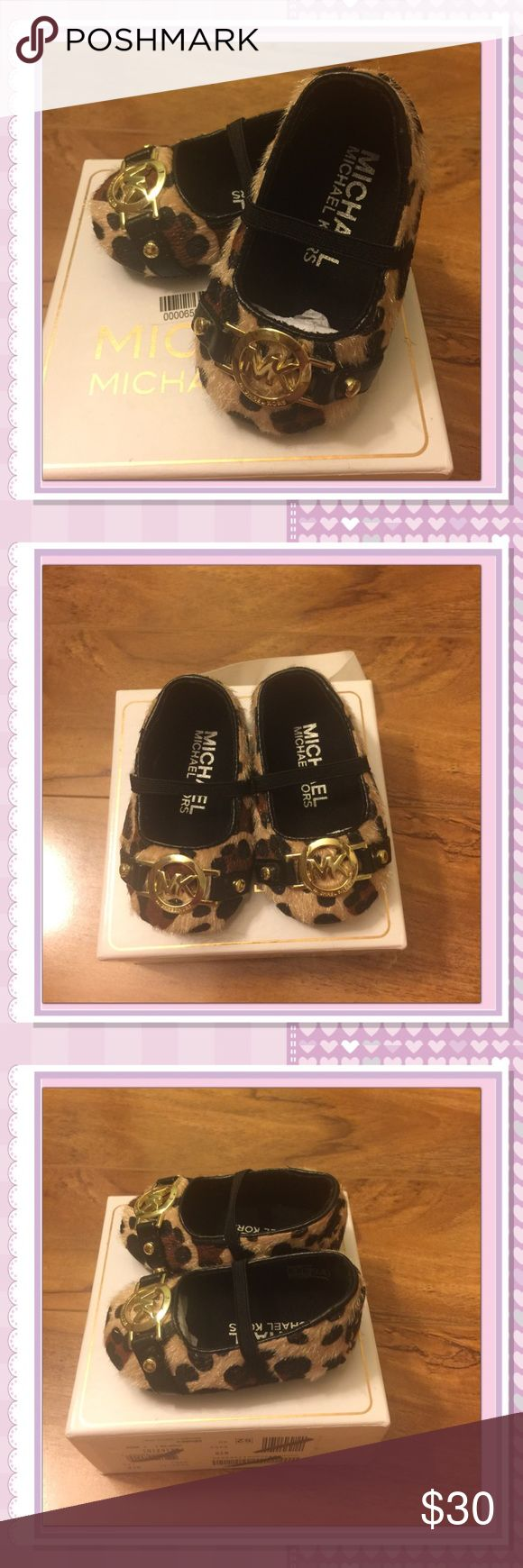 MK BABY MARA GIA CRIB SHOES SUPER ADORABLE CHEETAH PRINT BABY SHOES FOR THAT LITTLE FASHIONISTA BRAND NEW IN BOX SIZE 2 FOR 3-6 MONTHS Michael Kors Shoes Baby & Walker