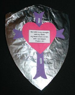 VBS crafts, Christian crafts, crafts for Sunday school, castle craft, shield craft, Bible verse crafts, paper lantern directions, praying hands crafts, crafts for preschool, star wand crafts, VBS crafts, vacation Bible school crafts