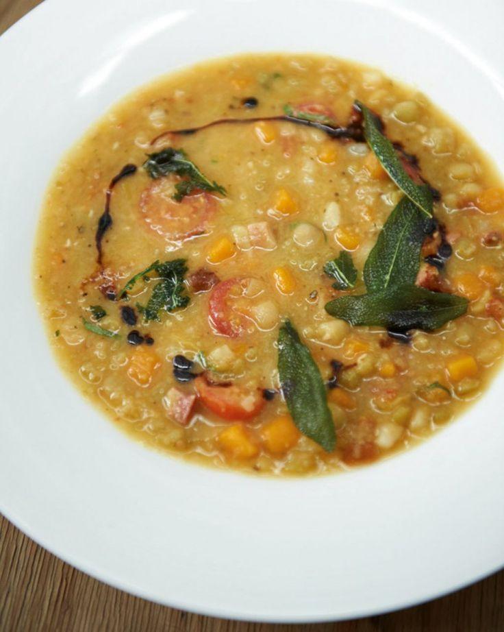 Rezept für Italienischer Erbseneintopf bei Essen und Trinken. Und weitere Rezepte in den Kategorien Geflügel, Gemüse, Kräuter, Schwein, Hauptspeise, Suppen / Eintöpfe, Braten, Dünsten, Kochen, Italienisch, Einfach, Hülsenfrüchte.