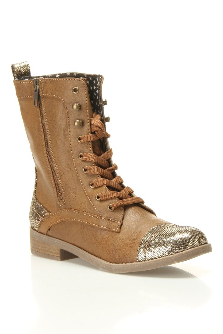 Sparkly toed boots!