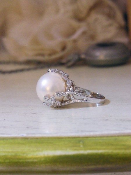 Pearl Ring.... Vintage Elegance combined with modern trendy chic
