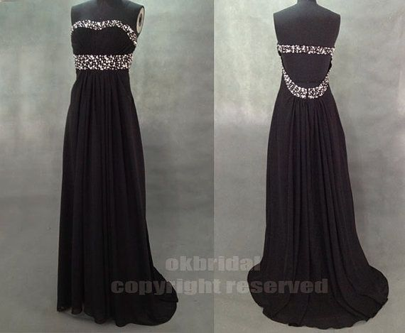 So beautiful the black makes the beads show up very good.. So want it