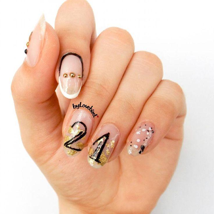 Birthday nail art byLovebird   #birthday #birthdaynails #birthdaynailart #21years #blackandwhite #blackandwhitenails #negativespacenails #negativespace #minimalist #minimalistnails #minimalistnailart #notd #nailinspiration #nailinspo