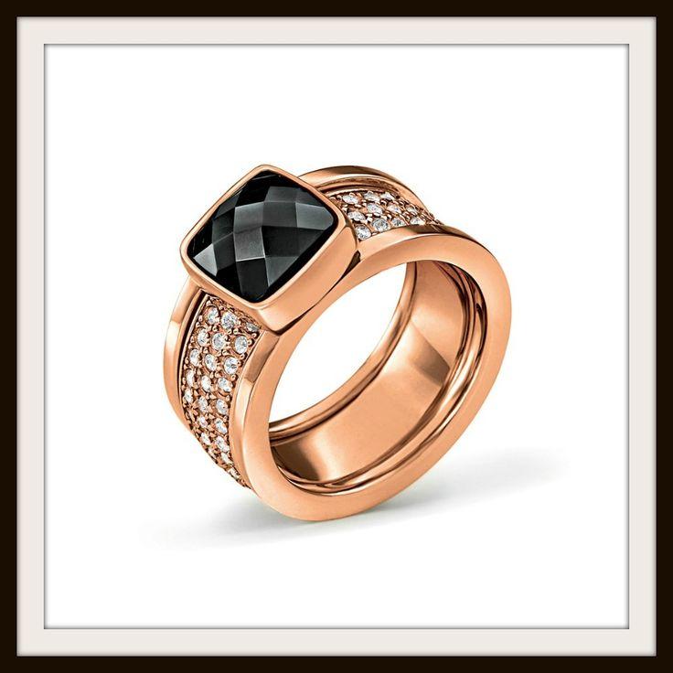 O classy ροζ χρυσός μας ξανασυστήνεται και εμείς διαλέγουμε τα πιο εντυπωσιακά δαχτυλίδια από τη συλλογή  F/W 2015-2016. Από την Αργυρώ Ντόκα