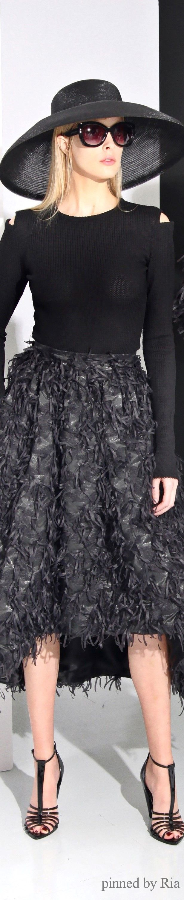 Christian Siriano Pre Fall 2016 l  women fashion outfit clothing style apparel @roressclothes closet ideas