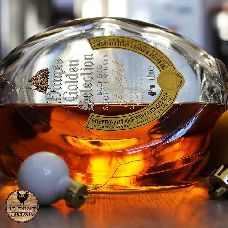 #repost @lewhiskyfrancais Chrismas Dimple-------#whisky #whiskey #scotch #bourbon #scotchwhisky singlemalt blend singlebarrel barrel ontherocks whiskygram instawhisky whiskylover whiskyporn whiskyte lewhiskyfrançais frenchwhisky dimple chrismas dimplewhisky #dimplewhisky #dimplewhiskey