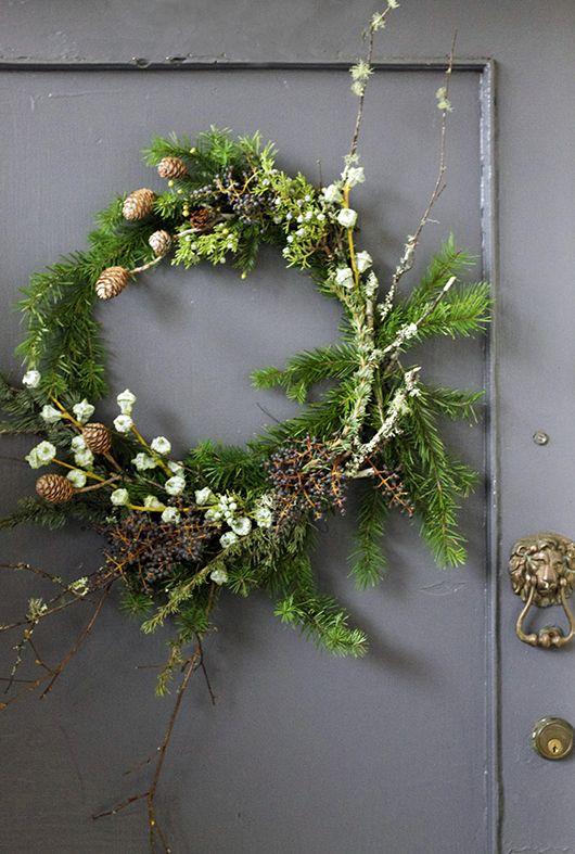 546 Best Kransen Images On Pinterest Deco Mesh Wreaths