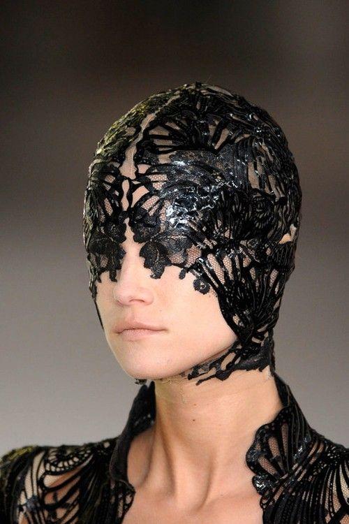 McQueen: Alexander Macqueen, Alexander Mcqueen, Head Pieces, Lace Masks, Fashion Art, Mcqueen 2012, Headpieces, Spring 2012, Fashion Women