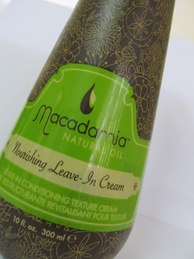 Macadamia Natural moisturizing rinse... Awesome conditioner!